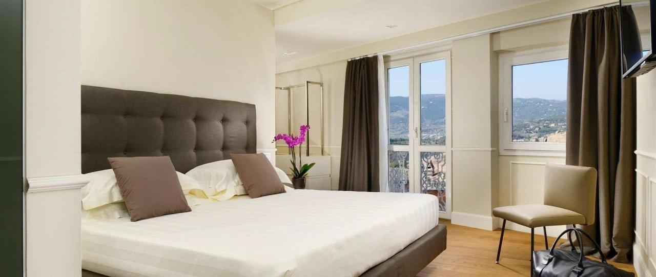 306-bed-jpg.jpeg