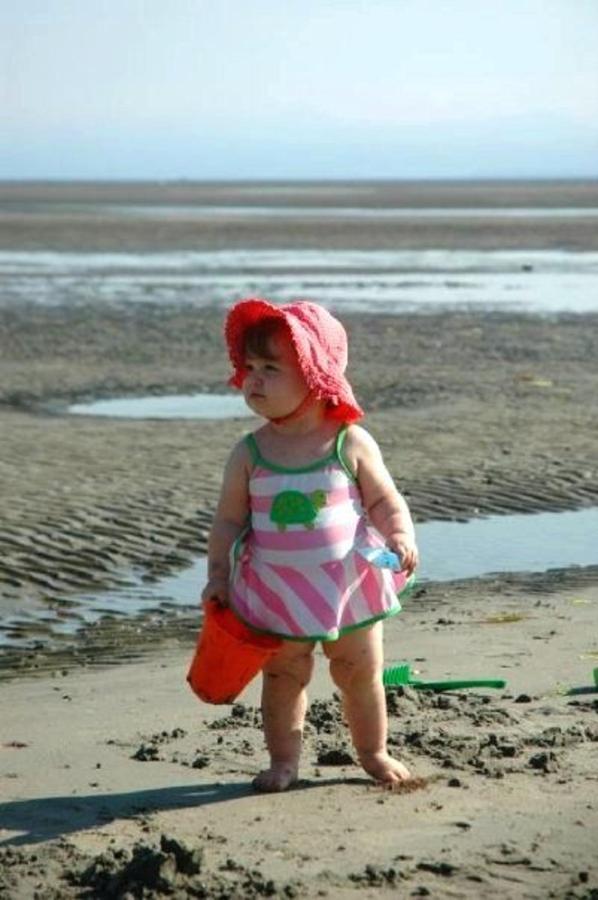 Tigh-Na-Mara Seaside Spa Resort Toddler Beach