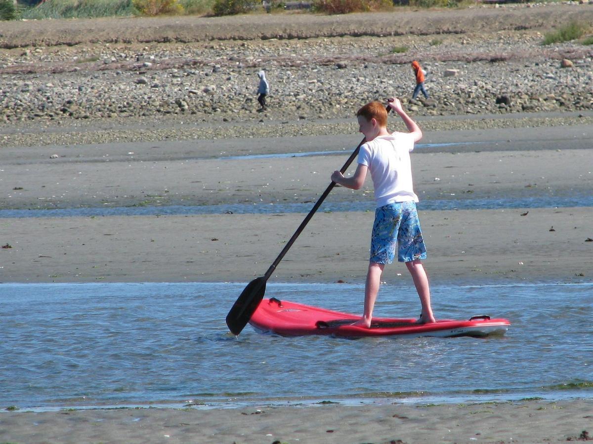 Tigh-Na-Mara Seaside Spa Resort Analarai Family Friendly Boy Skimboard