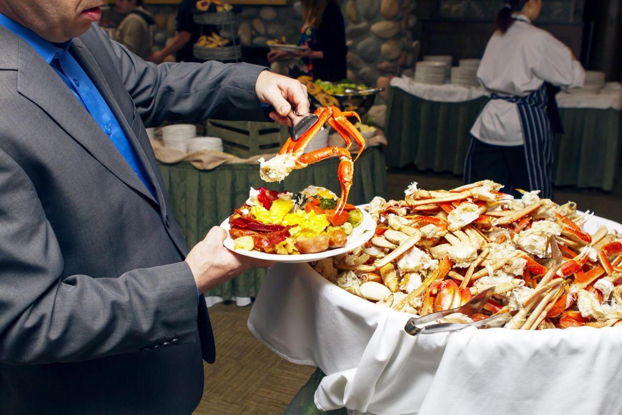 Tigh-Na-Mara Cedars Restaurant Crab Buffet