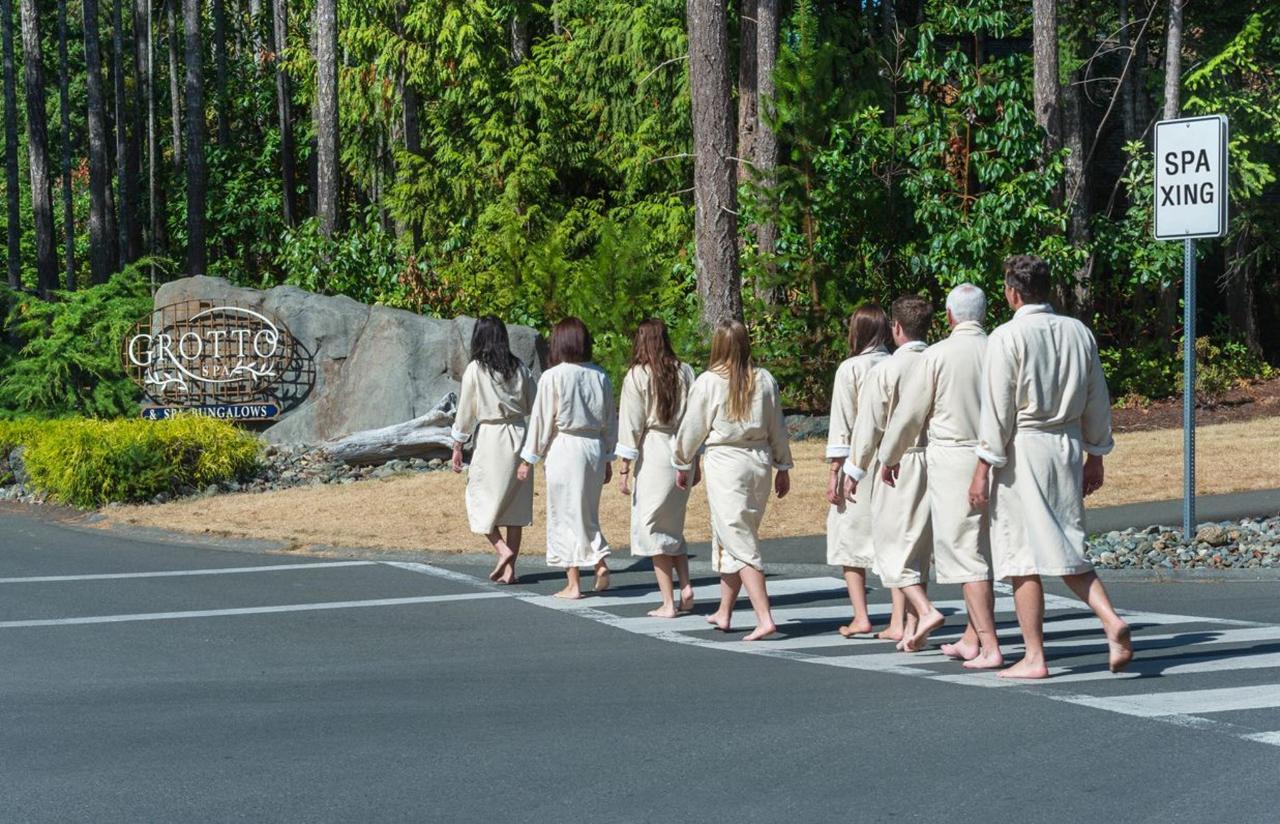 Tigh-Na-Mara Grotto Spa Spa Crossing Guests