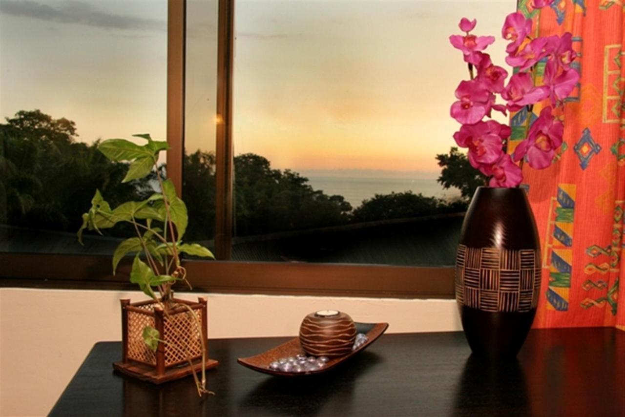suite-ocean-view-182k.jpg.1024x0.jpg