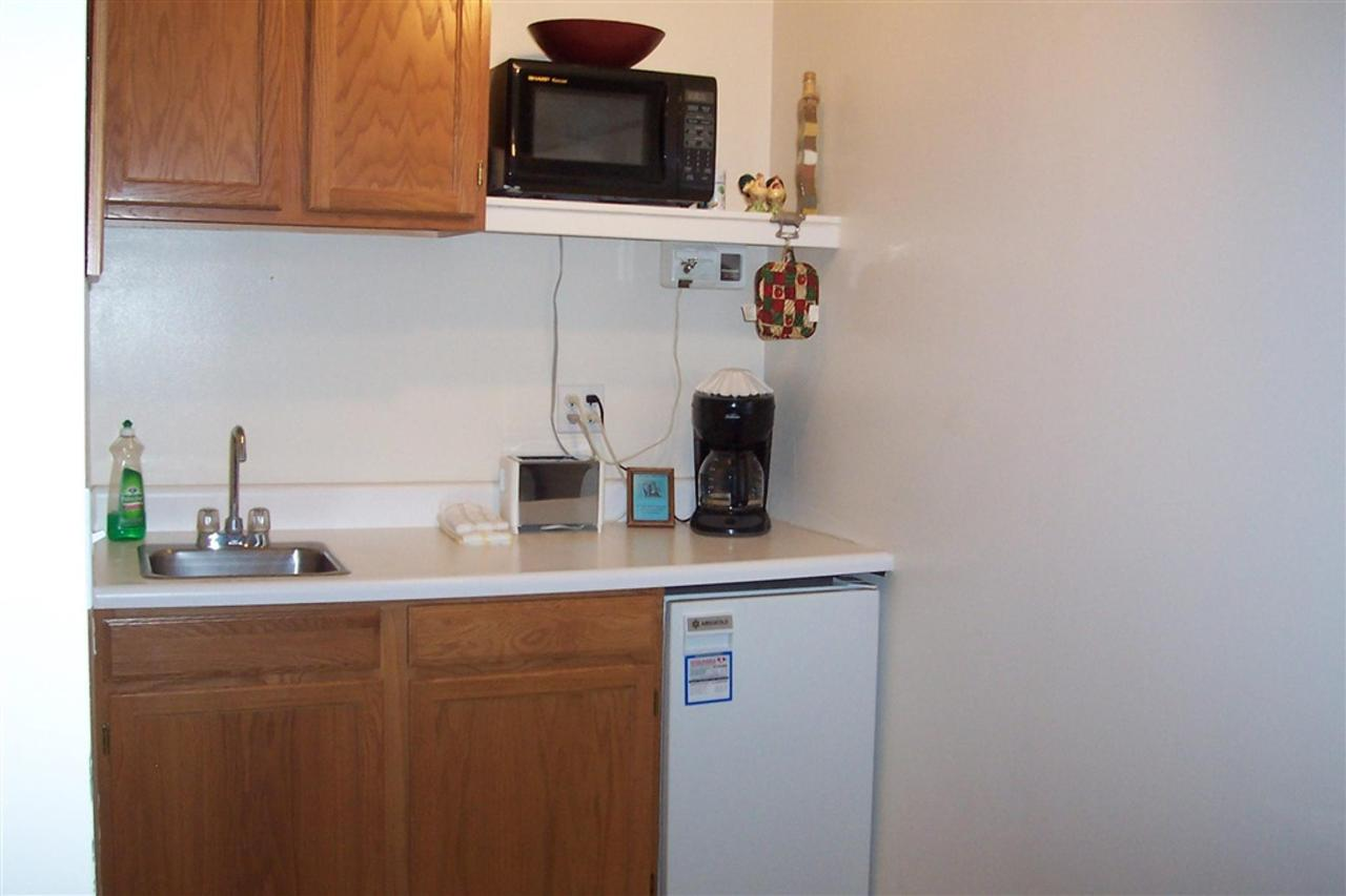 conifer-kitchenette.JPG.1024x0.JPG