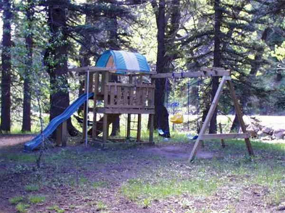 grounds4.jpg.1024x0.jpg