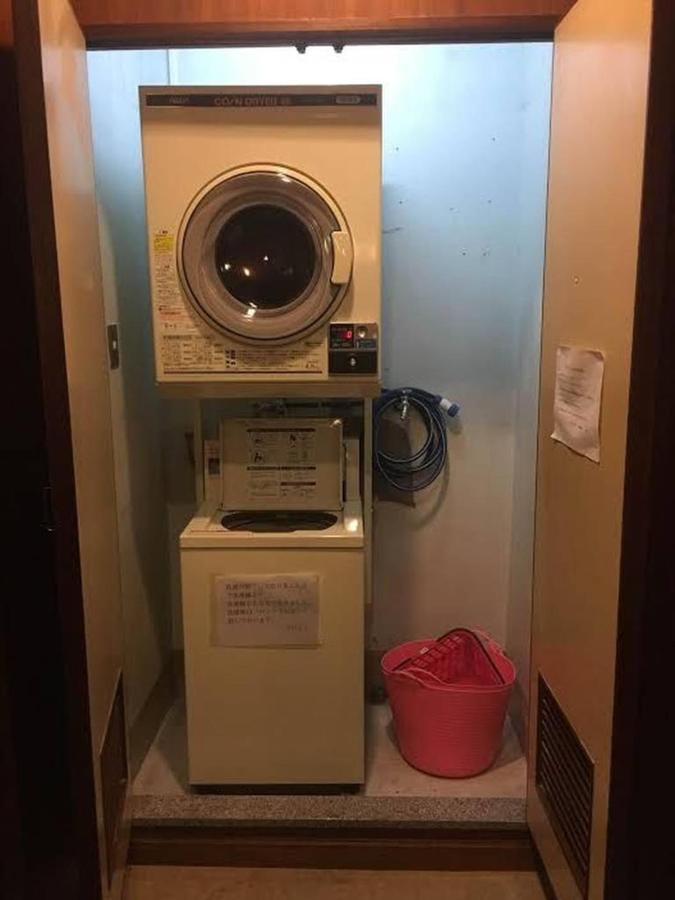 coin-laundry-is-in-third-floor.jpg.1024x0.jpg