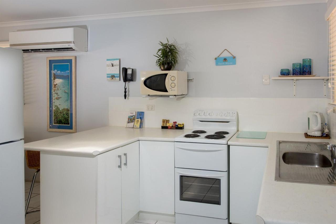 unit-35-kitchen.jpg