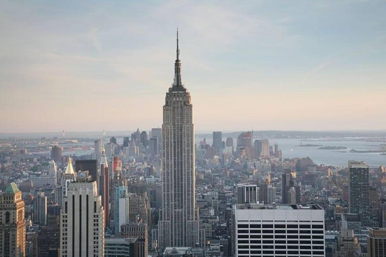 800px-nyc_empire_state_building.jpg.1024x0.jpg