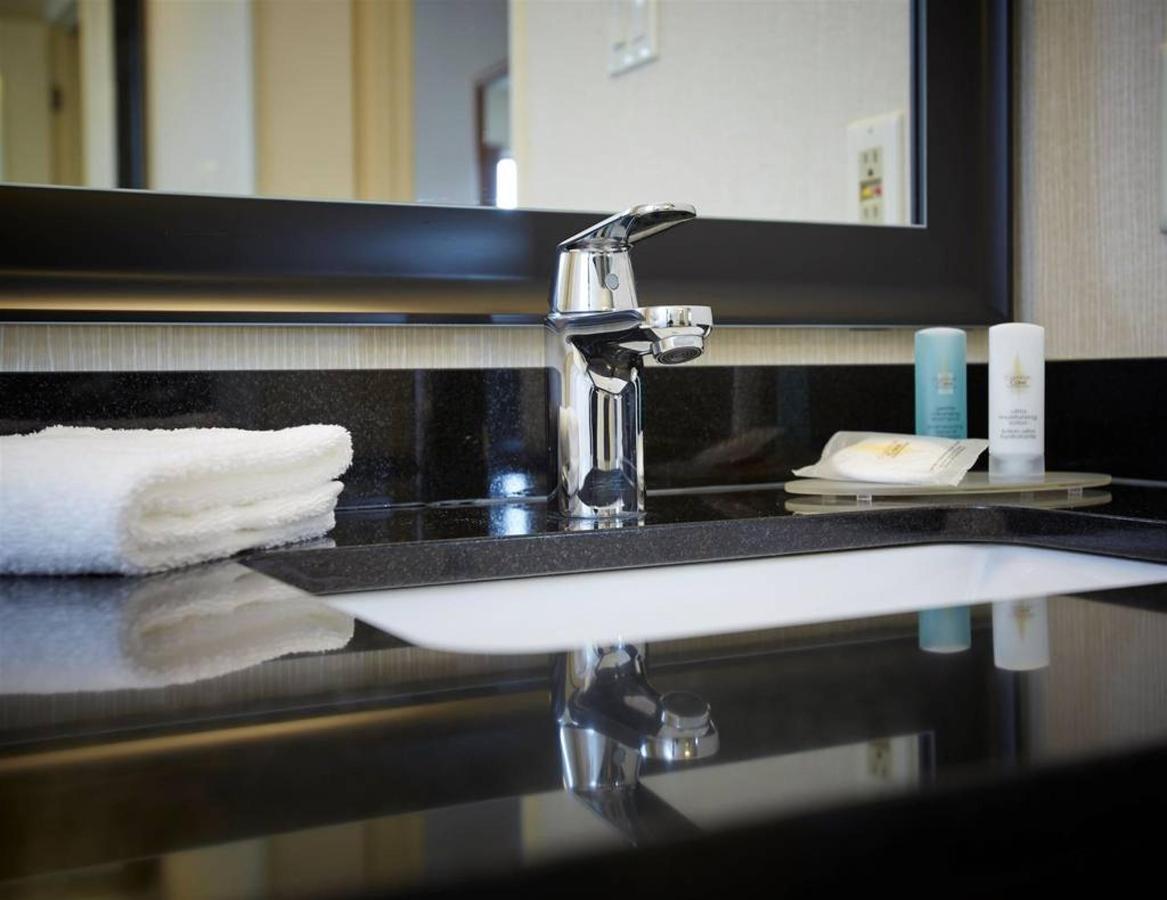 08-bathroom3.jpg.1024x0.jpg