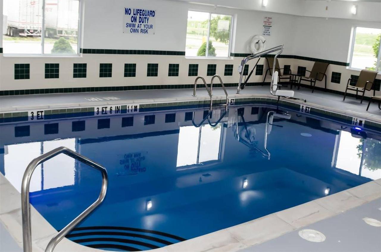pool-1.jpg.1024x0.jpg