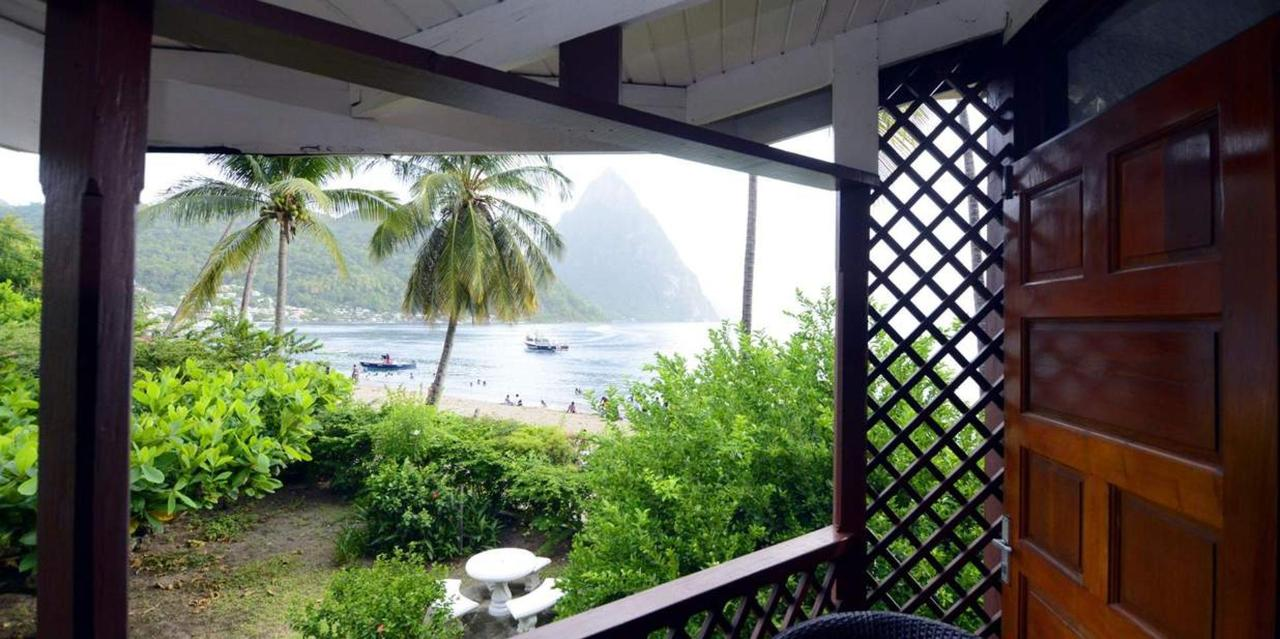 Superior Piton View Room - Hummingbird - Saint lucia6.jpg