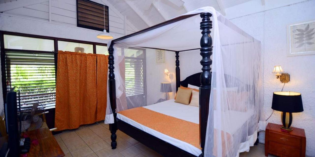 Superior Piton View Room - Hummingbird - Saint lucia10.jpg