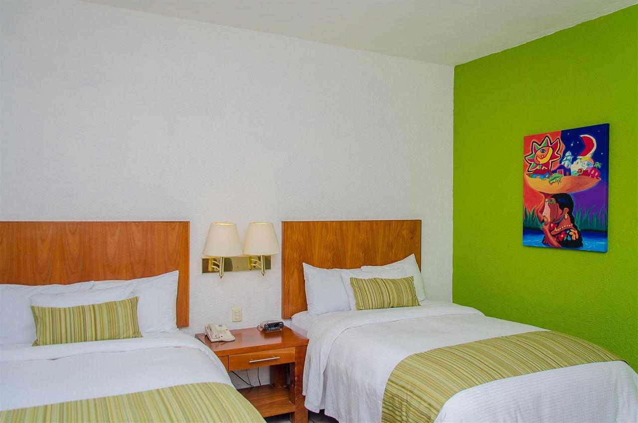 Habitación 2 camas dobles, No Fumadores 8.jpg