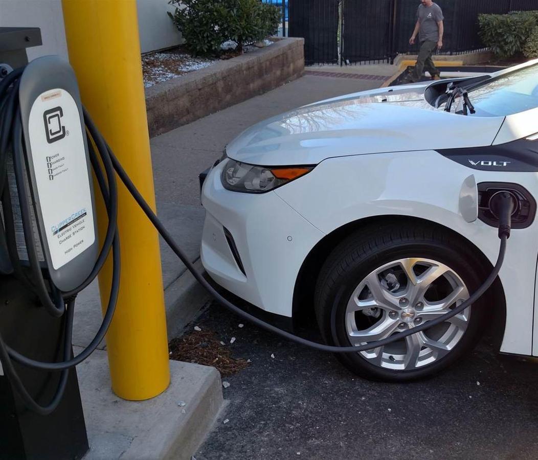 汽车充电站1a.jpg.1024x0.jpg