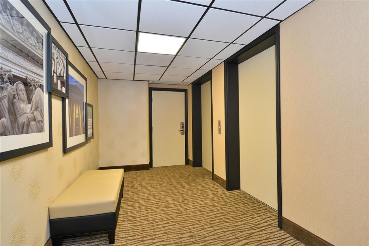 电梯着陆2-1.jpg.1024x0.jpg