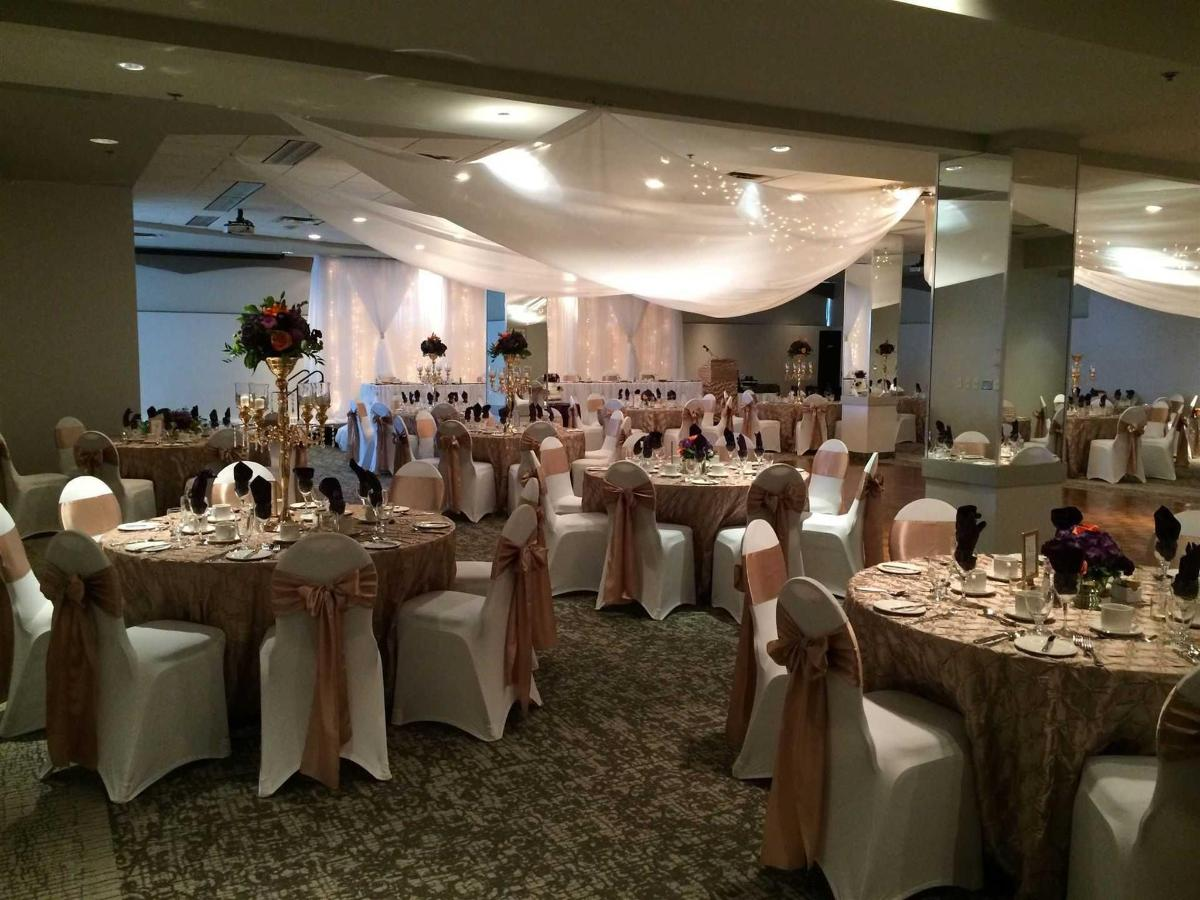Wedding decor - gold and white