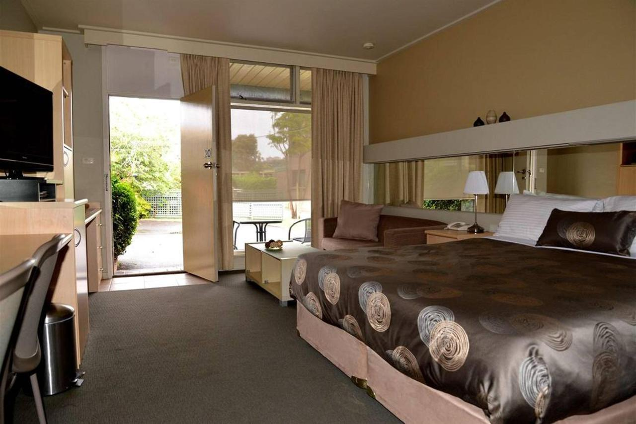 1 King Bed : Deluxe room with a king bed & SPA.jpg