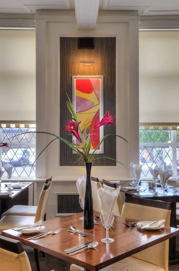 restaurant-1-1.jpg.1024x0.jpg
