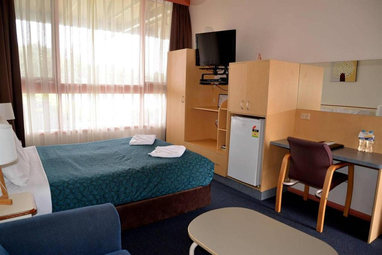 nq1-front-room-bed-room-2.jpg.1024x0.jpg