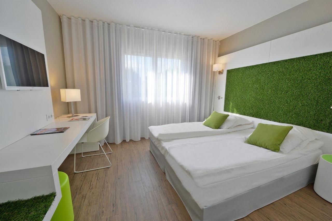 043-quality-hotel-www-pixelsmillau-en.jpg