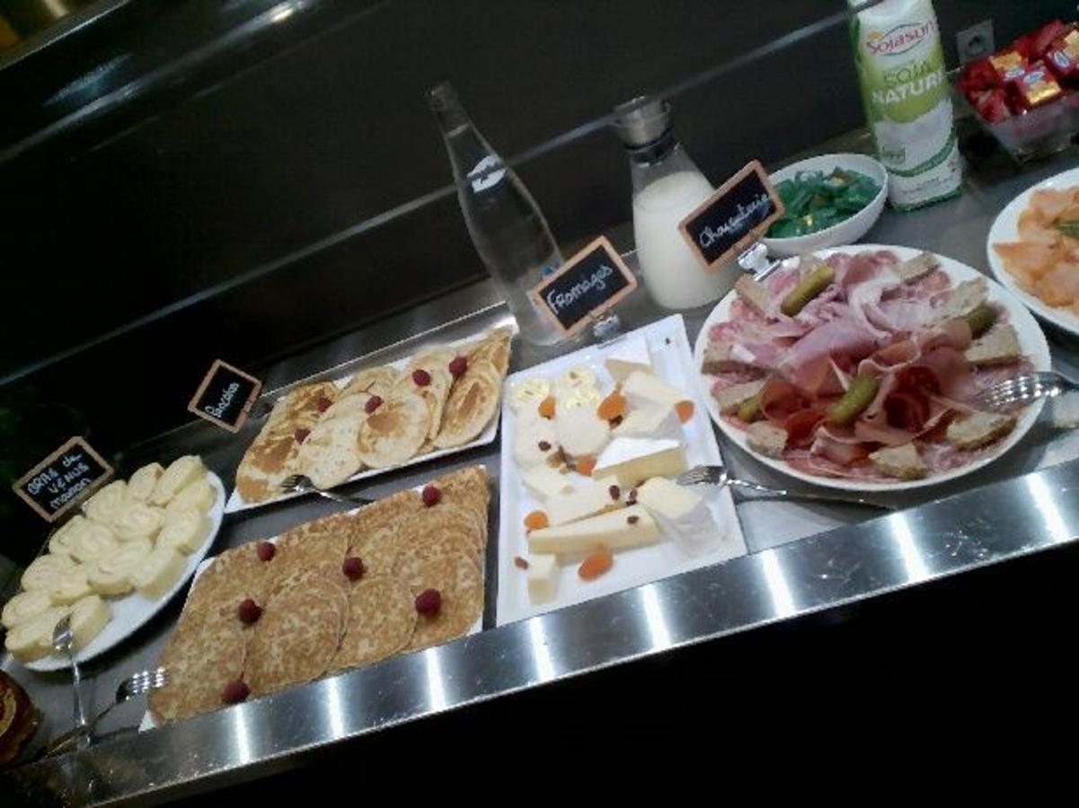 buffet-petits-dej-1.jpg