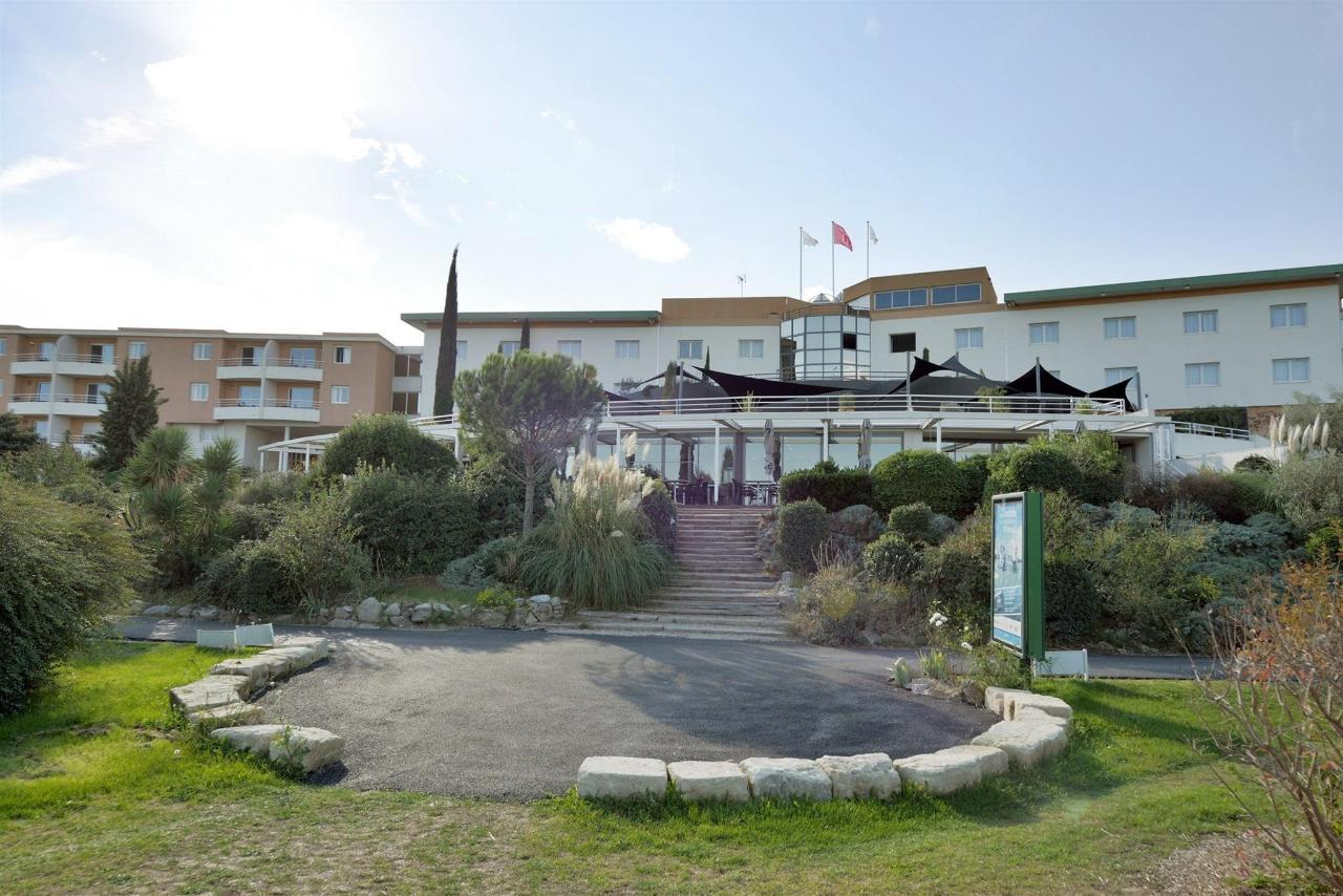 fr476-quality-hotel-du-golf-montpellier-juvignac-juvignac-frontage4.jpg