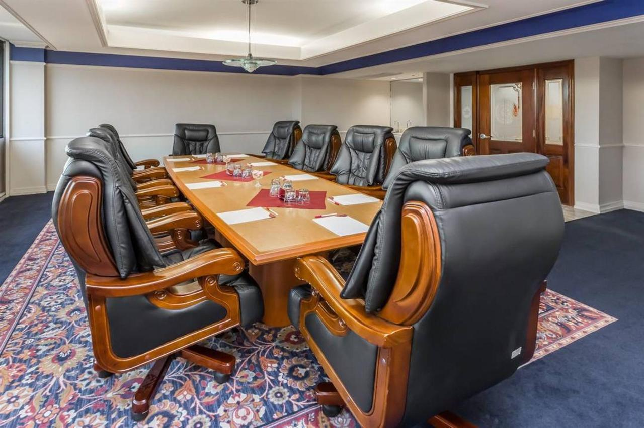 conference-room-2_low-res.jpg.1080x0.jpg