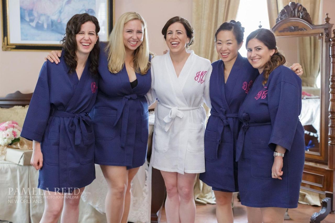 jackie-ryan-dressing-bridesmaids-pr.jpg
