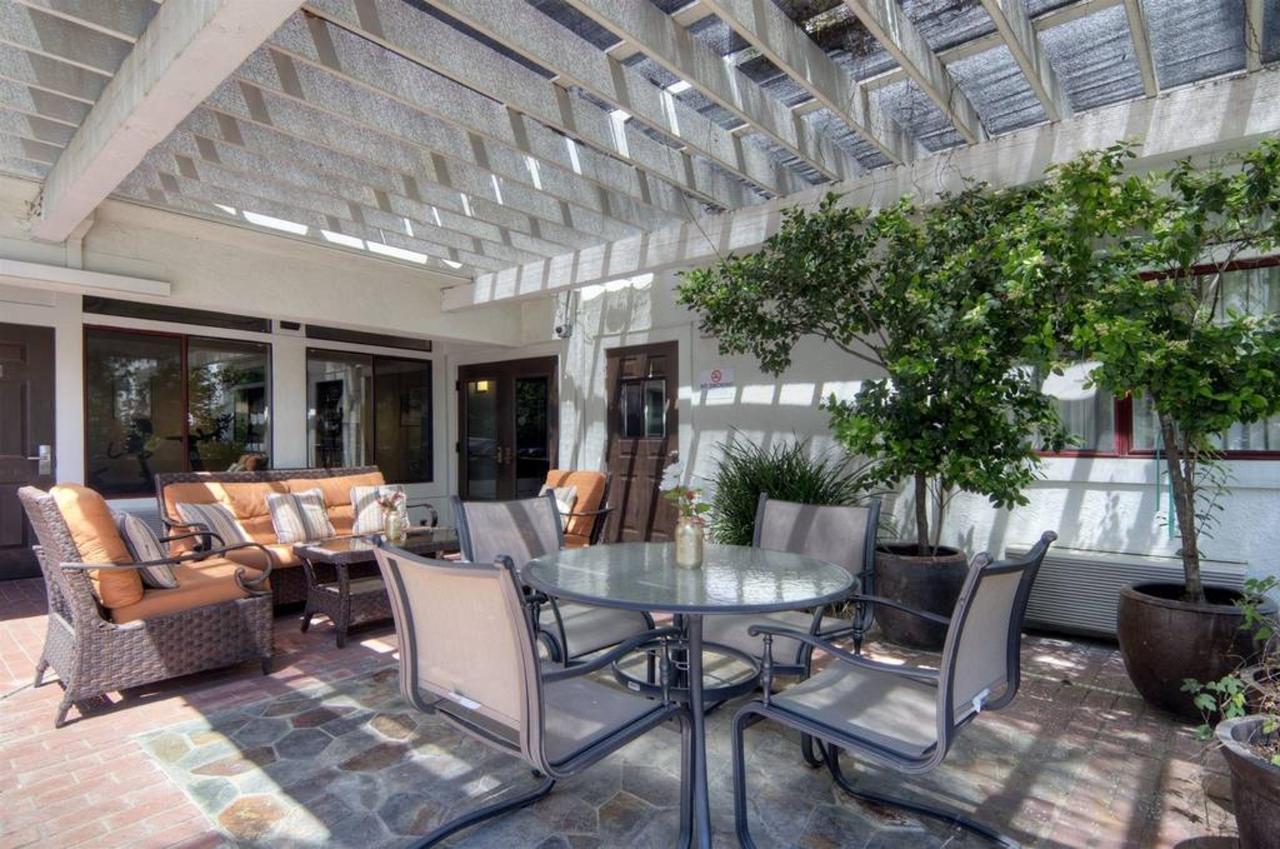 patio.jpg.1024x0.jpg