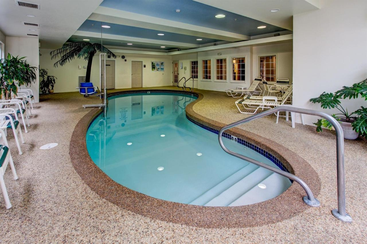 Pool & Gym.jpg