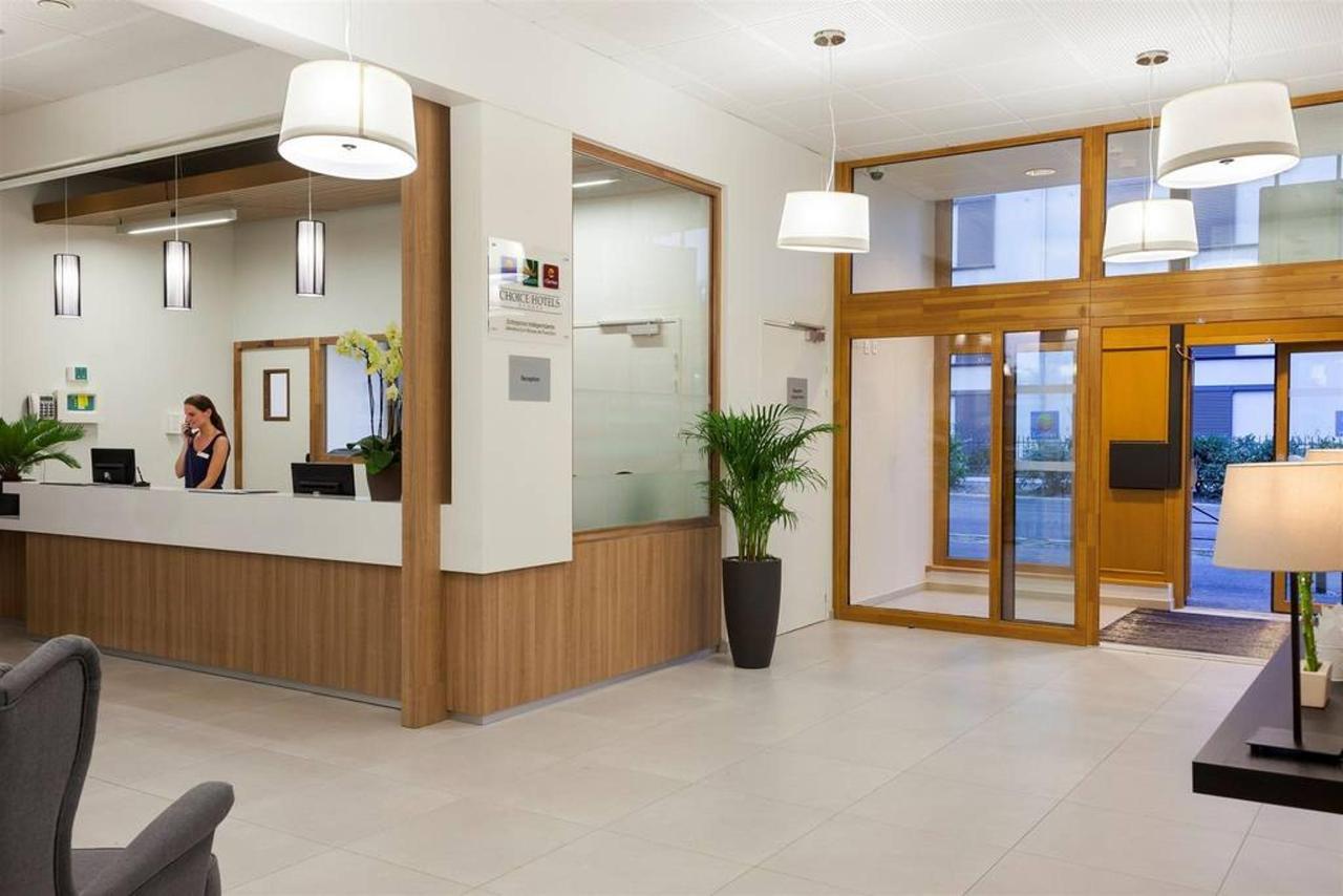 reception-2.jpg.1024x0.jpg