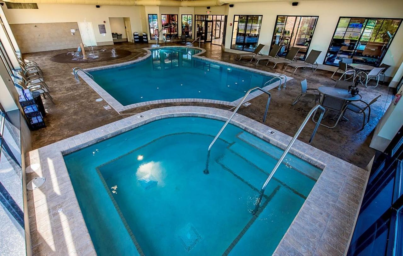pool-room.jpg