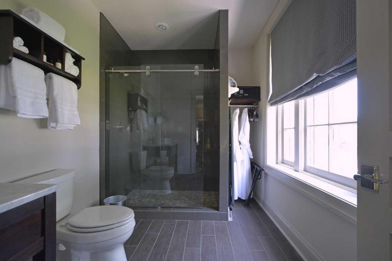 room204-2.jpg.1920x0.jpg