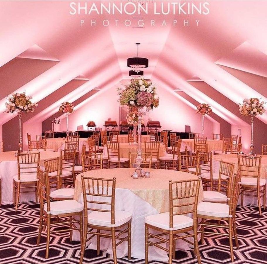 pink-ballroom.jpg.1920x0.jpg