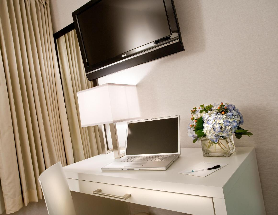GEM HOTEL CHELSEA NEW YORK- DESK AND HDTV