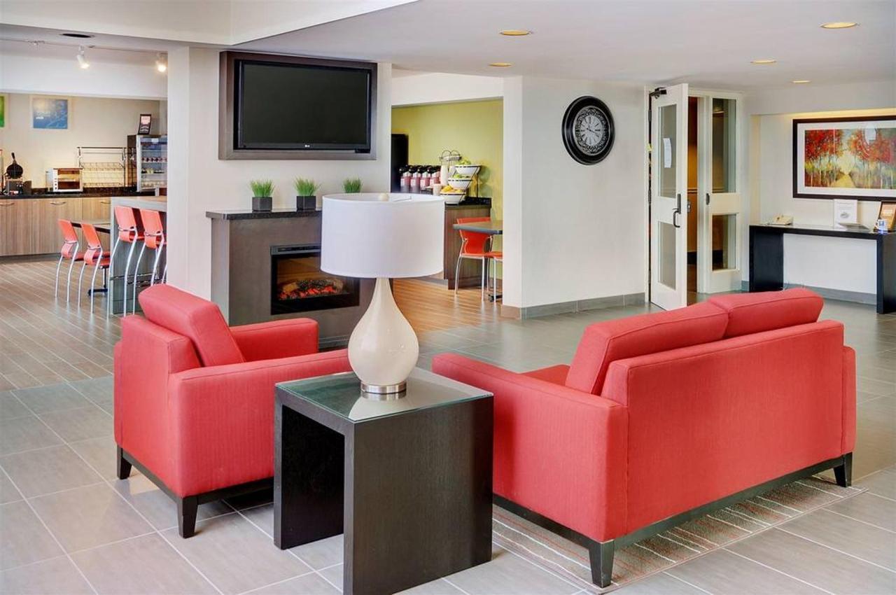 rediscover-your-comfort-inn-sudbury.jpg.1024x0.jpg