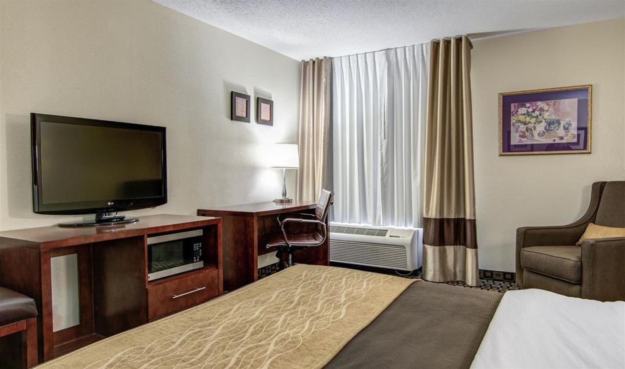 Rooms 14.jpg