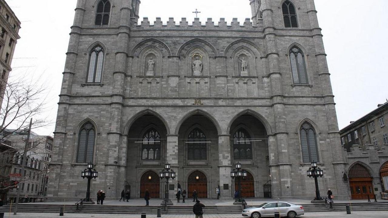 summer-attraction-1-notre-dame-basilica-2-copy-copy.jpg.1024x0.jpg