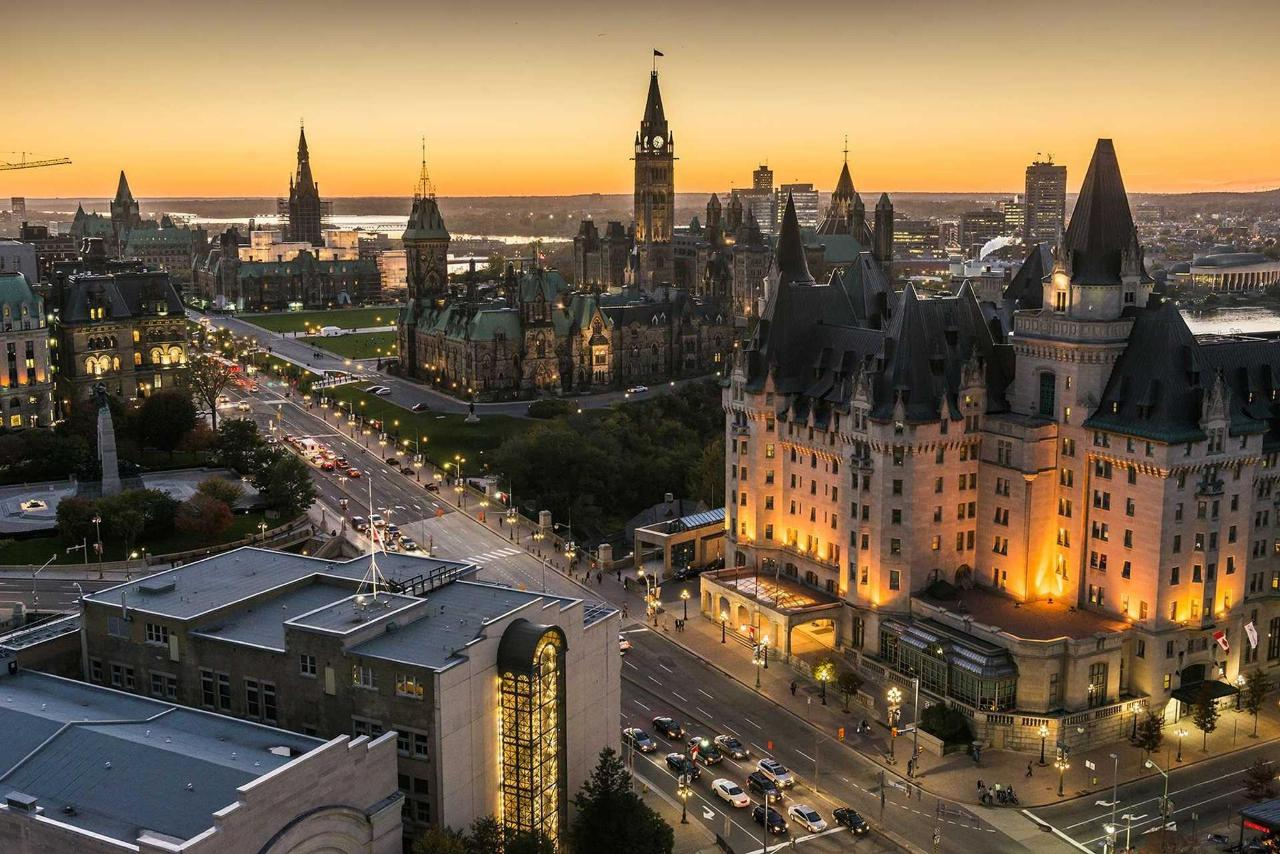 panoramic-view-of-downtown-ottawa-with-parliament-hill_016-credit-ottawa-tourism.jpg.1920x0.jpg
