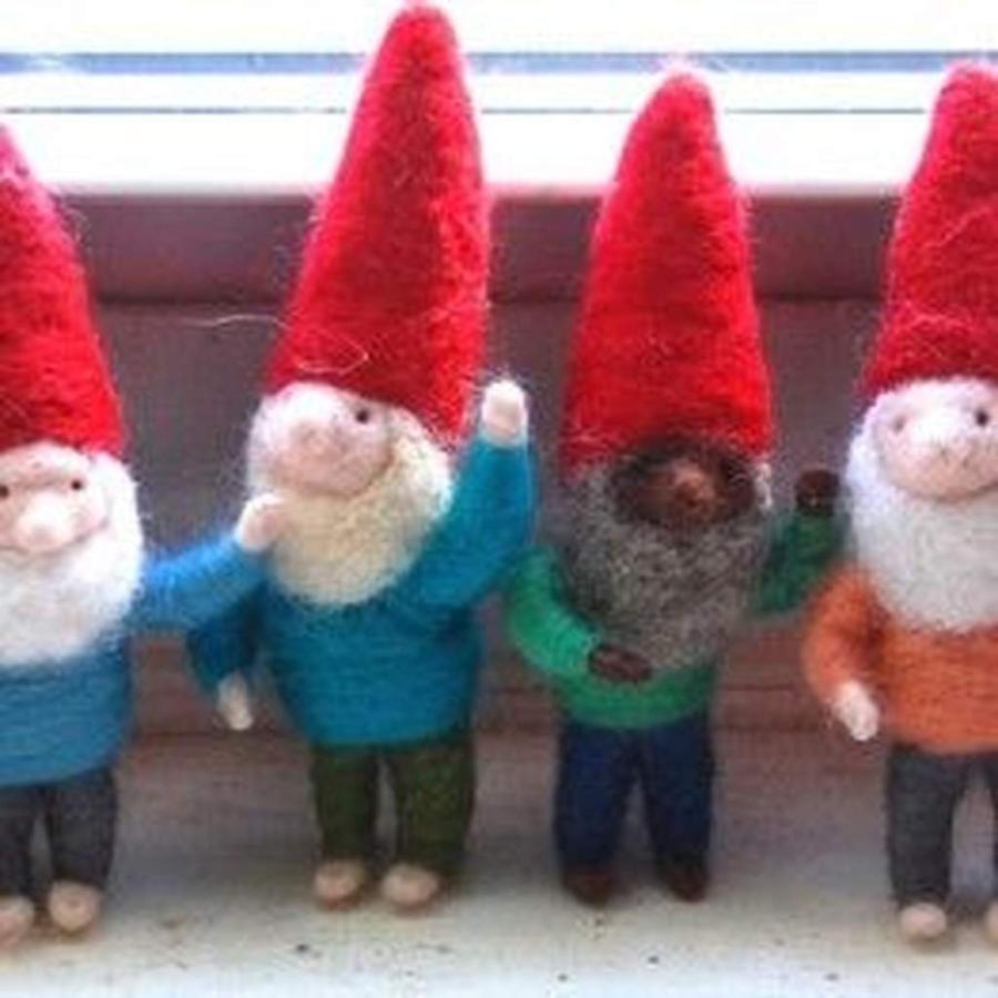 felted-gnomes.jpg.1024x0.jpg