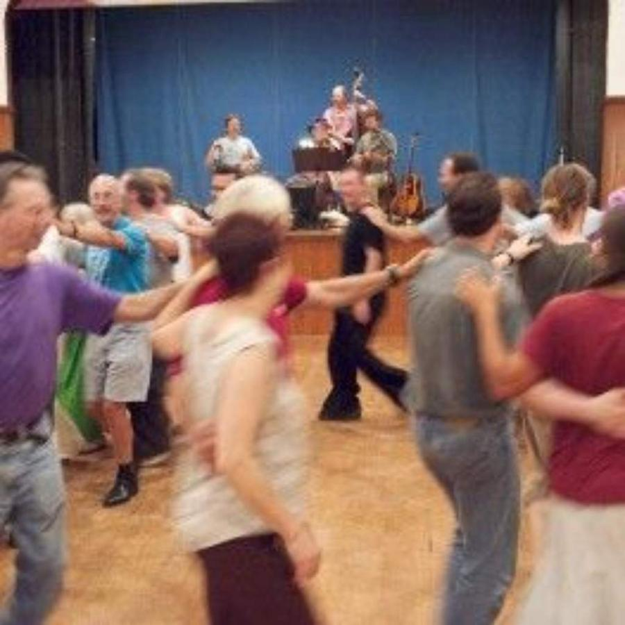 contra-dance-photowebcopy.jpg.1024x0.jpg