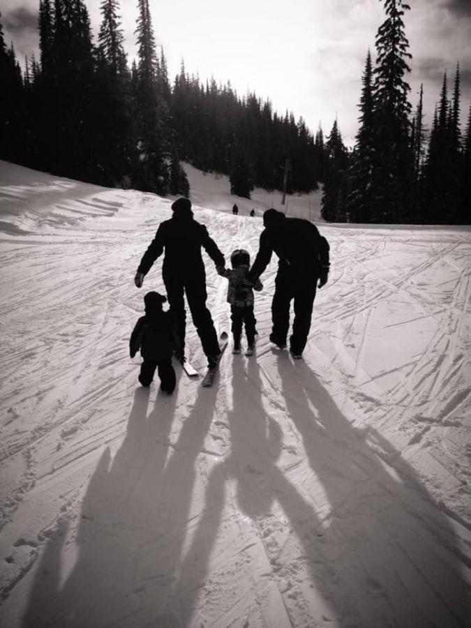 first-ski-day-2.jpg.1024x0.jpg