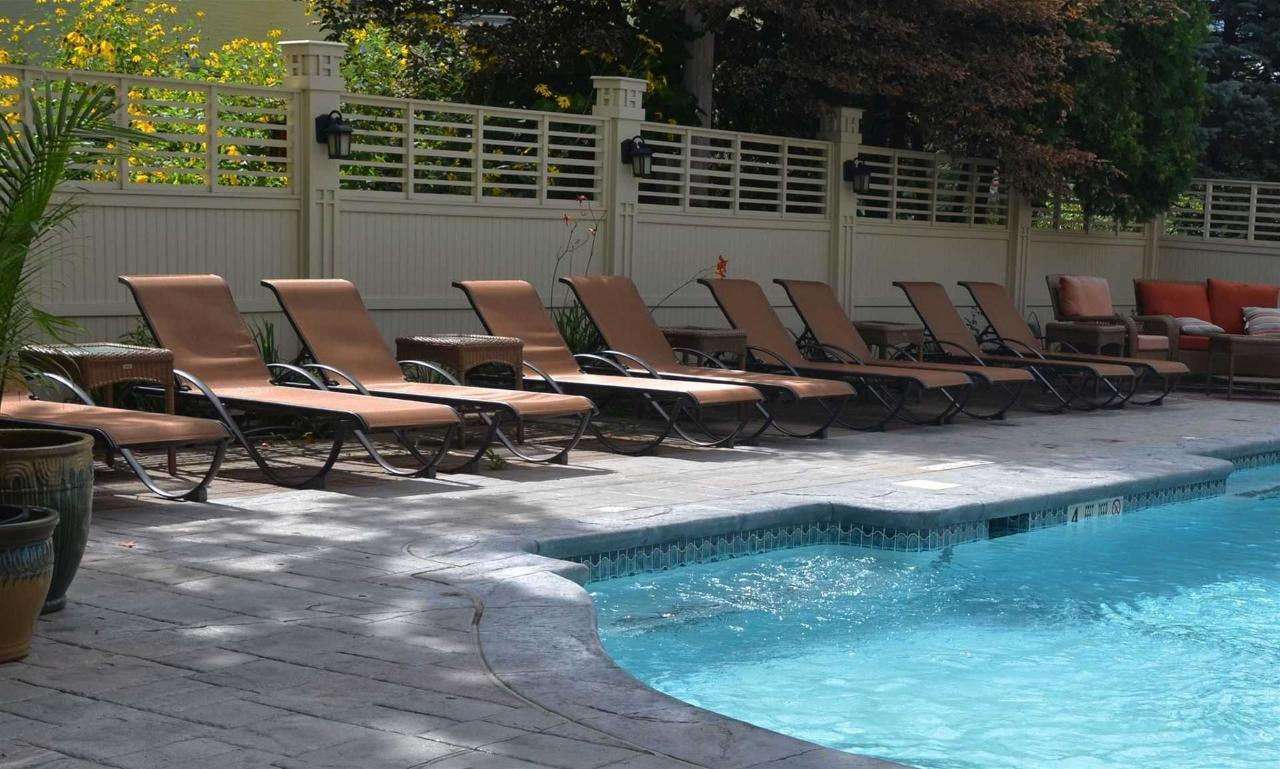 Union Gables pool lounge chairs