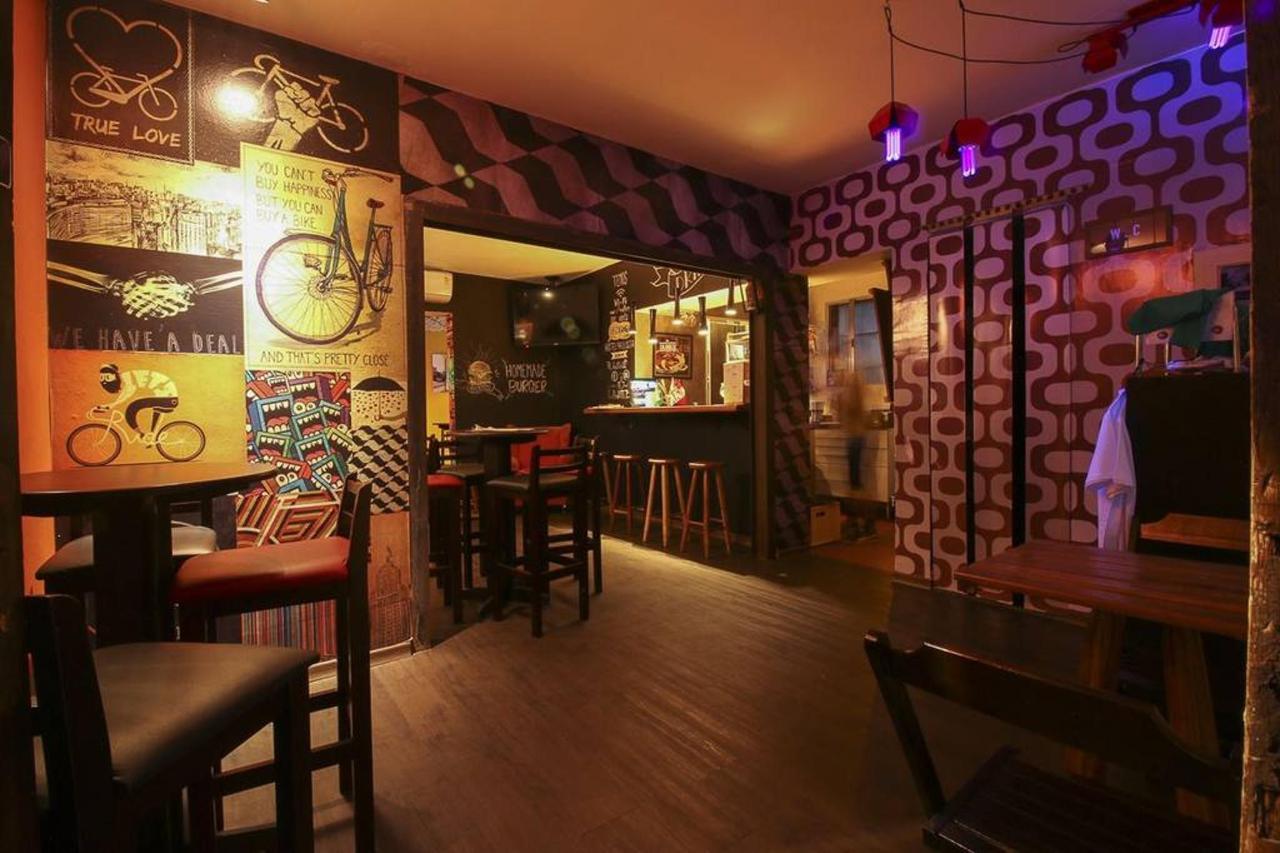 Bar-Hostel-7.jpg.1024x0.jpg