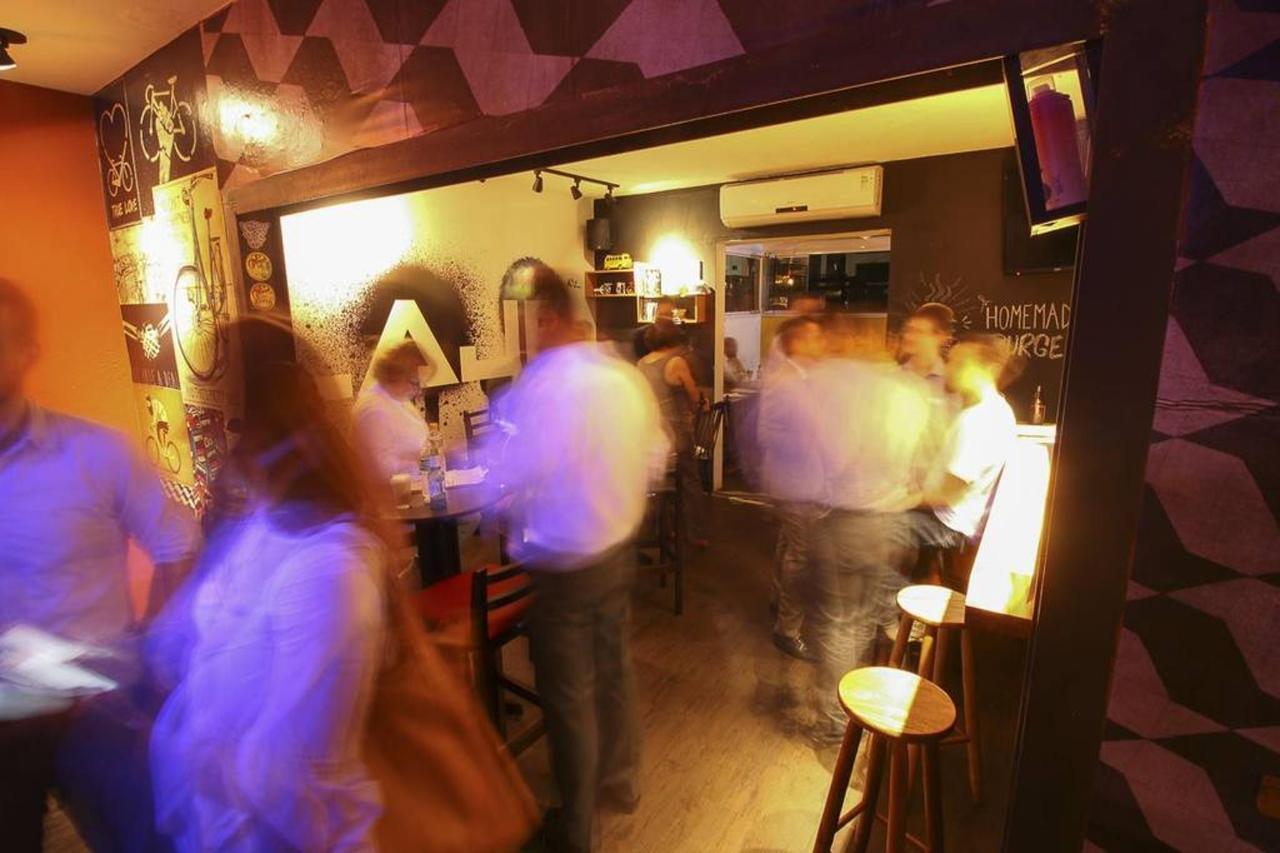 bar-hostel-37.jpg.1024x0.jpg