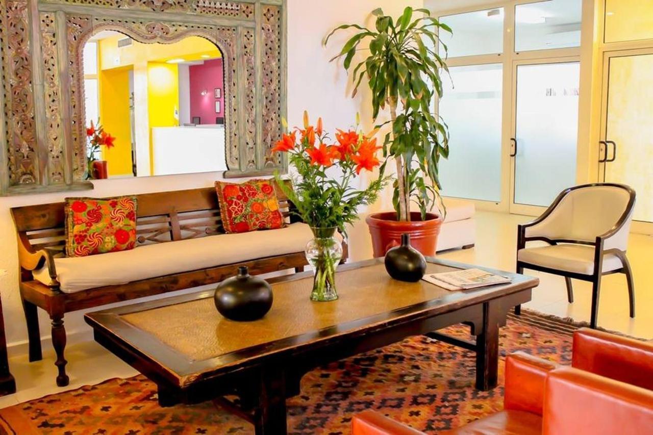 Hotel_CIMonterrey4.jpg