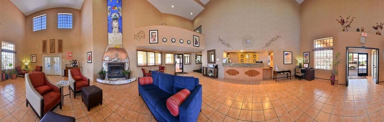 2-lobby-3.jpg.1024x0.jpg