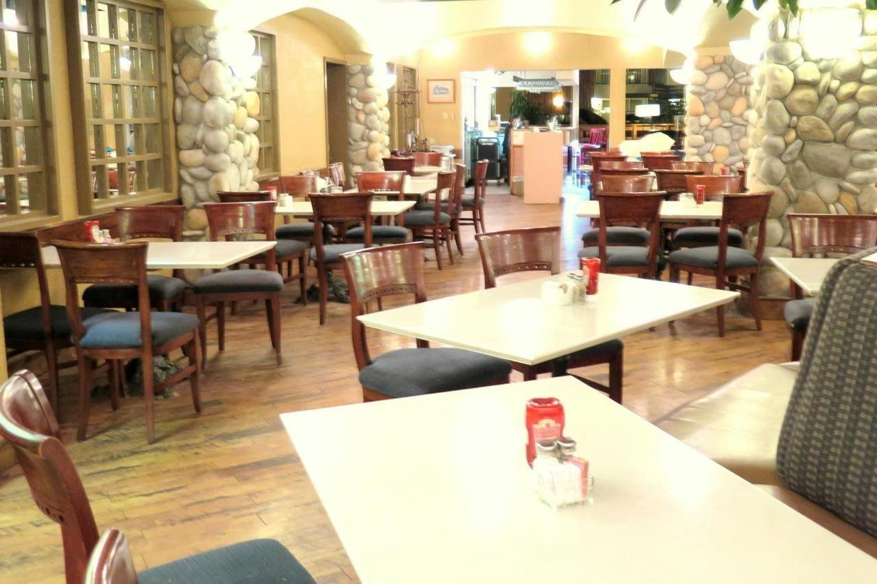 Stonewood Café Restaurant.jpg