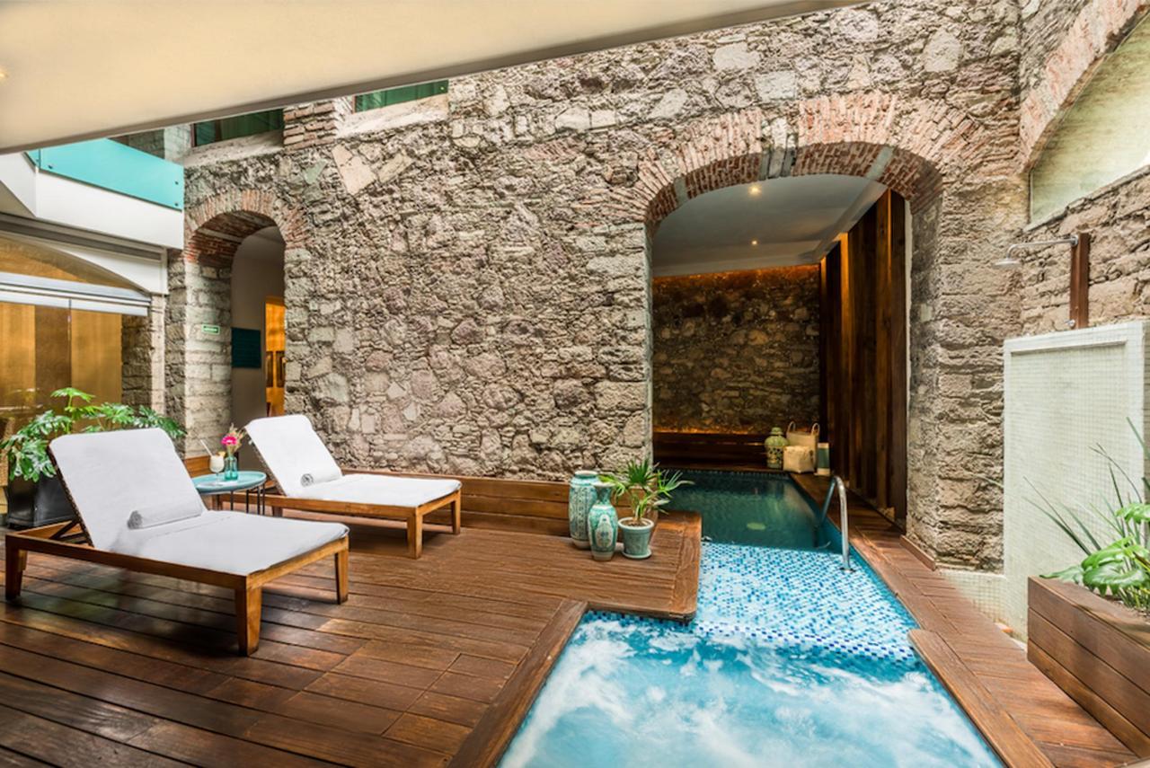 Pool-edelmira-hôtel-guanajuato2.png