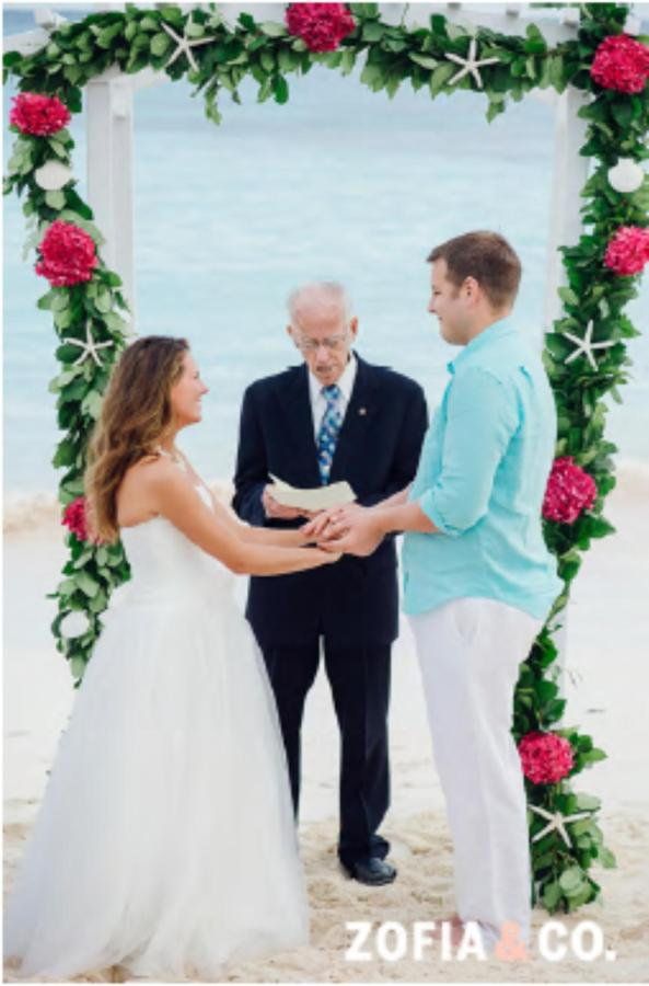 Weddings_HopeTownHarbour.png