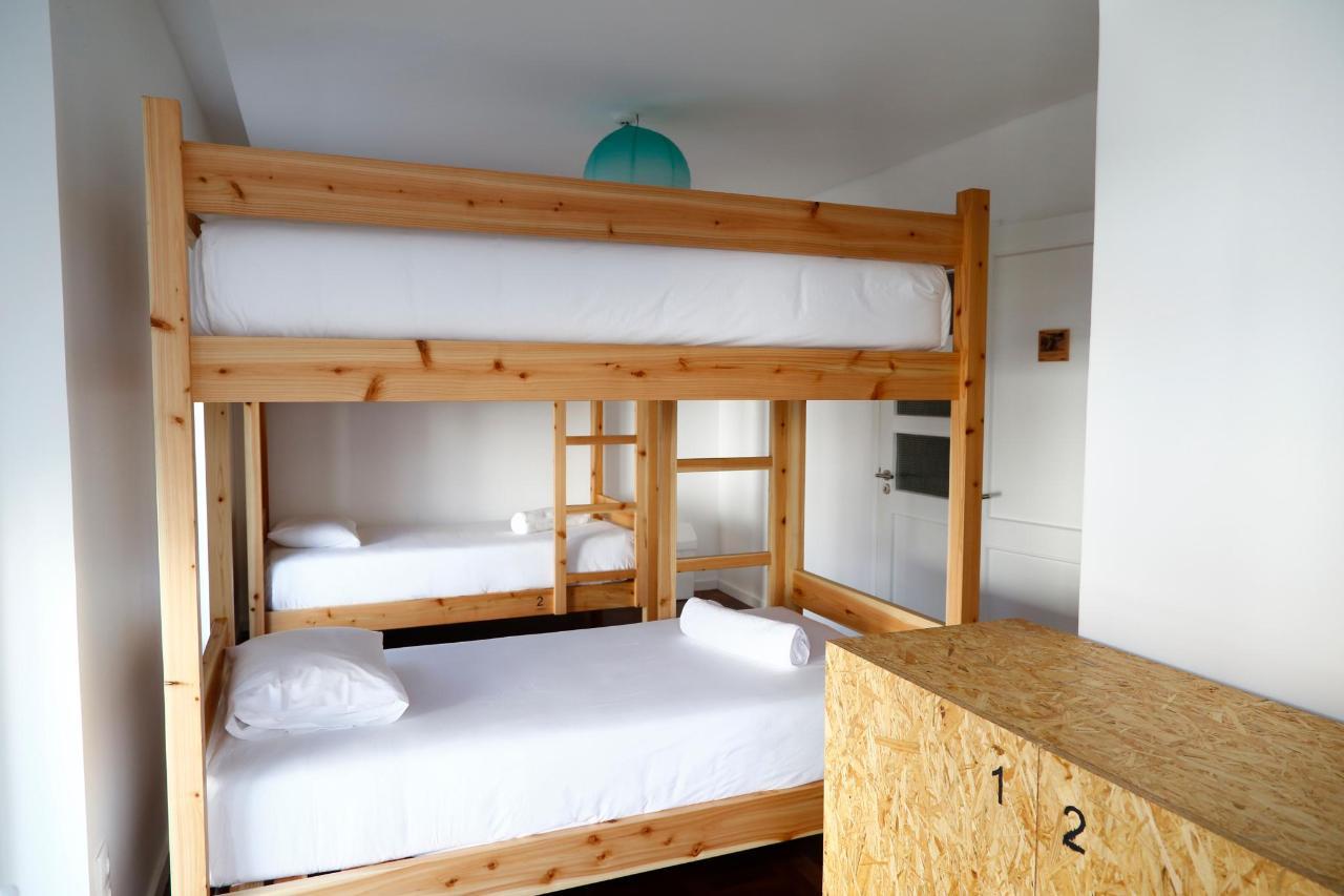 4 bed Dorm - City's Hostel Ponta Delgada (3) .jpg
